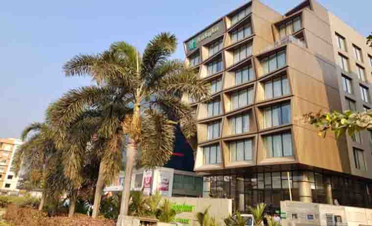 Escorts Call Girls Holiday Inn Hotel Kolkata